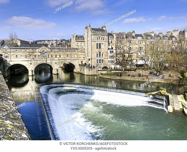 Pulteney Bridge and river Avon embankment in the city of Bath