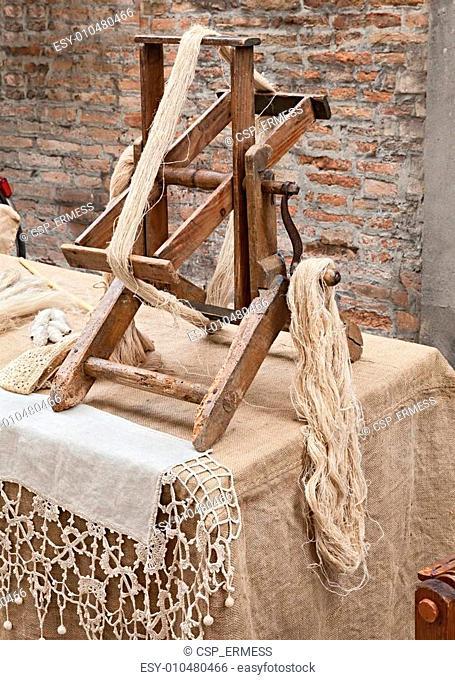 spinning hemp fiber