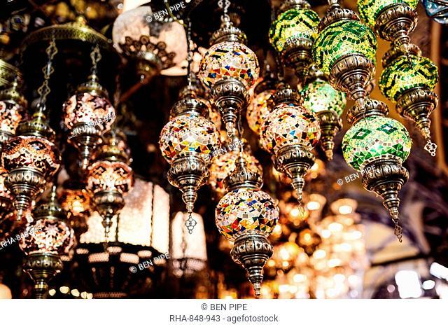 Mosaic glass Turkish lights on display, Grand Bazaar (Kapali Carsi), Istanbul, Turkey, Europe