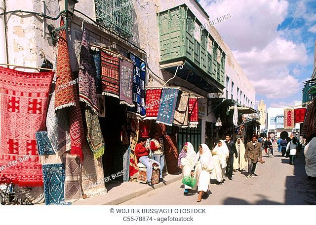 Tunisia. Qairouan. Old town. Bourguiba avenue
