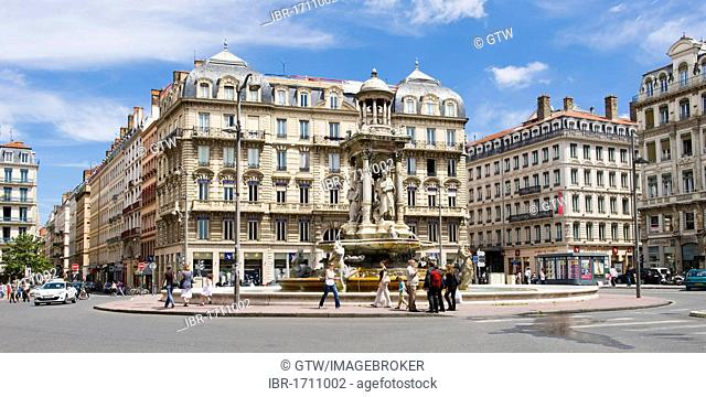 Gaspard Andre Fountain, Place des Jacobins square, Lyon, France, Europe