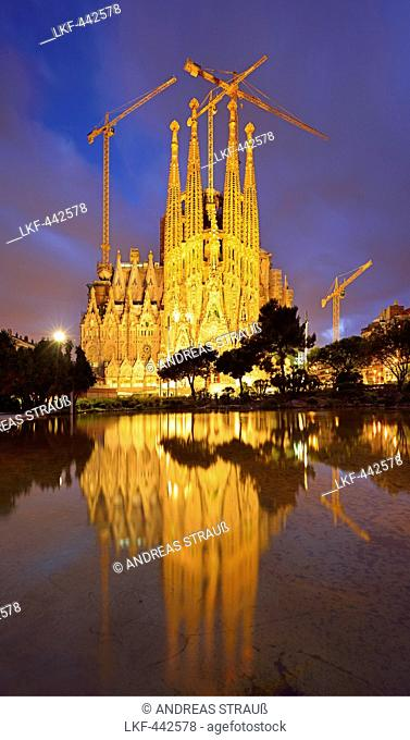 Church La Sagrada Familia, illuminated at night, Basilica and Expiatory Church of the Holy Family, architect Antoni Gaudi, UNESCO World Heritage Site