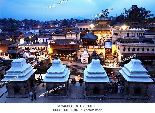 Nepal, Kathmandu Valley listed as World Heritage by UNESCO, Kathmandu District, Kathmandu, Pashupatinath temple at dusk