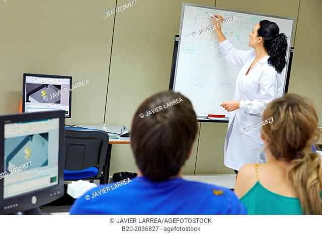 Training room. Professor giving a course in dimensional measurement software. Innovative Metrology applied. Sariki Metrology. Elgoibar. Gipuzkoa