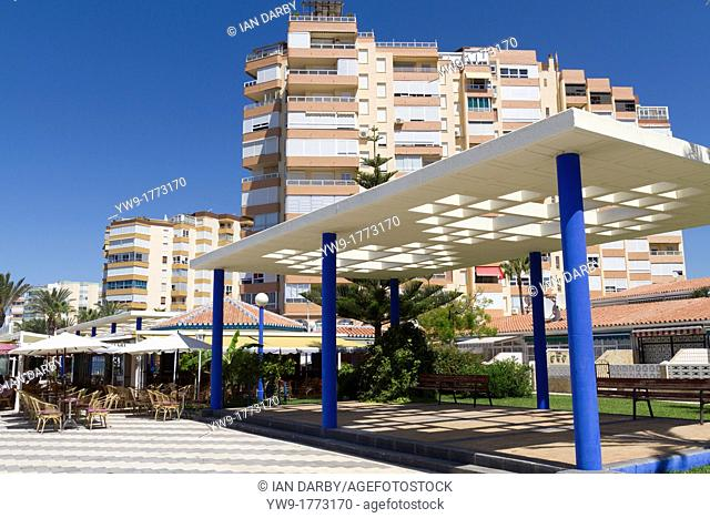 Holiday apartments overlooking the Playa Ferrara on the Costa Torrox Spain