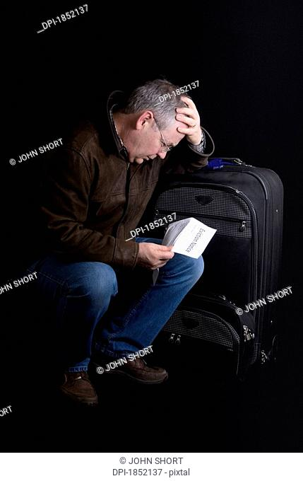 Man with suitcase, Man who is leaving