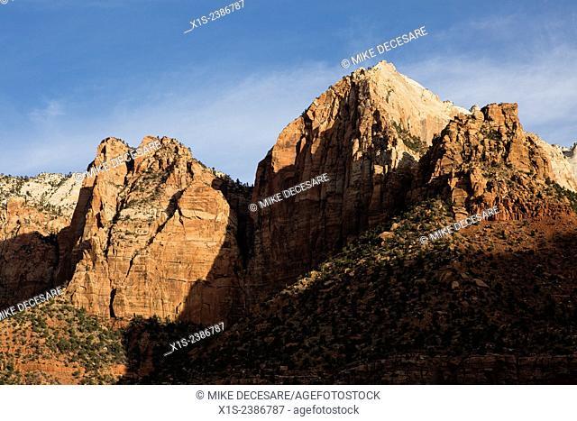 Peaks and sandstone cliffs define the landscape in Zion National Park