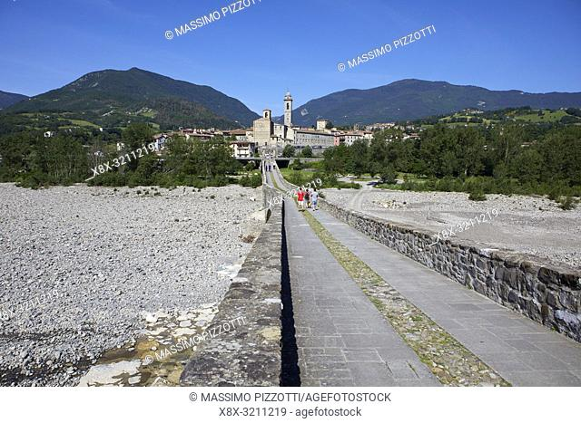 The old hunch-backed Bridge over the Trebbia river, Bobbio, Piacenza Province, Italy