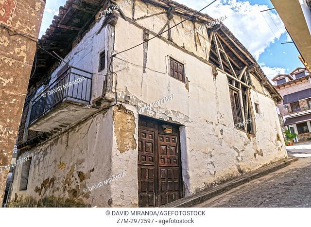 Arquitectura popular en Mombeltrán. Barranco de las cinco villas. Valle del Tiétar. Provincia de Ávila, Castile-Leon, Spain