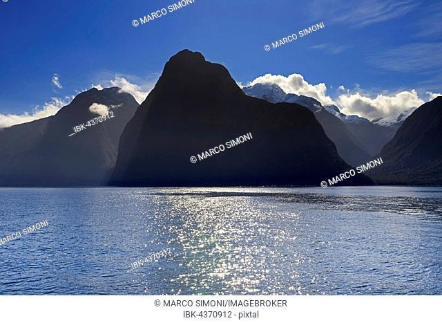 Milford Sound, Fiordland National Park, South Island, Southland, New Zealand