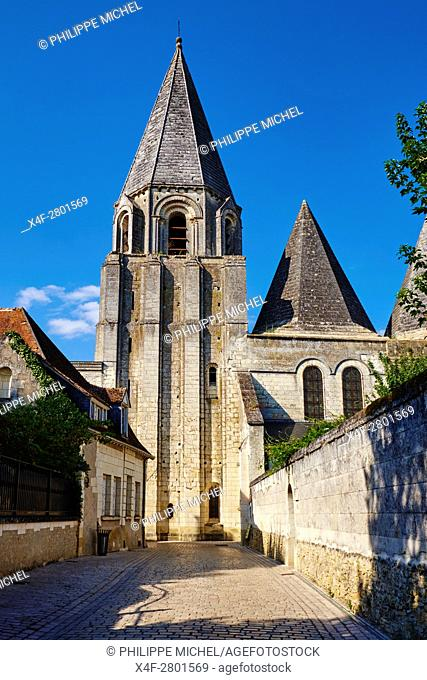 France, Indre-et-Loire (37), Loches, Royal castle and dwelling, St-Ours church, collegiate Notre Dame