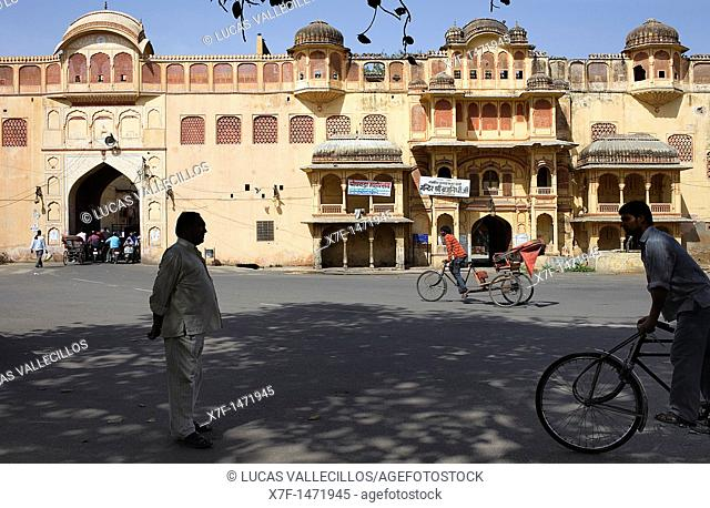 Street scene in Old city, near City Palace, Jaipur, Rajasthan, India