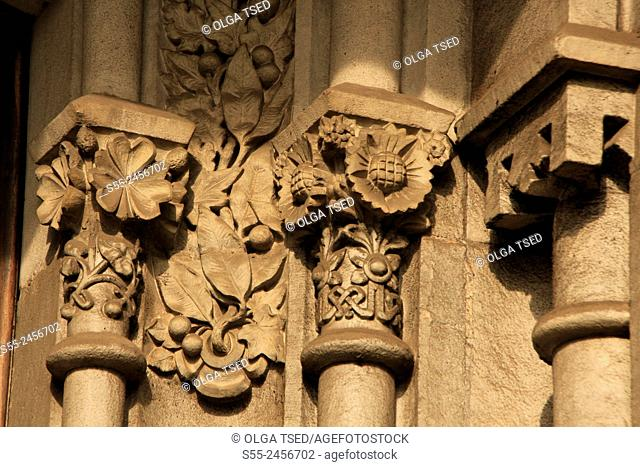 Decorative elements on the modernist building. Rambla Catalunya, Barcelona, Catalonia, Spain