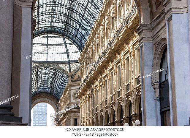 Vittorio Emanuele II Gallery, Milan, Lombardy, Italy