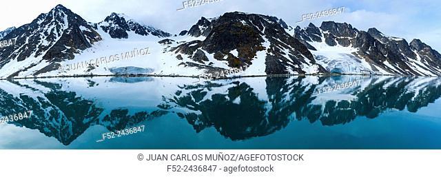 Svalbard or Spitsbergen archipelago, Arctic Ocean, Norway, Europe