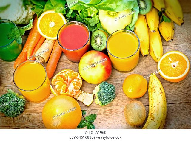 Healthy juices - refreshing beverages and fresh organic ingredients