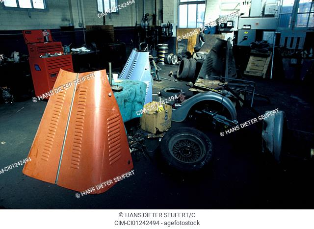 Car, Production, Production with Morgan, garage, Production hall