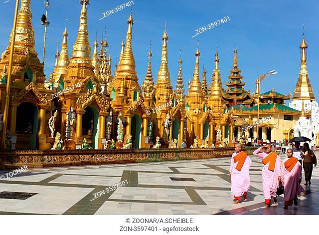 Yangoon, Myanmar Shwe Dagon Pagoda