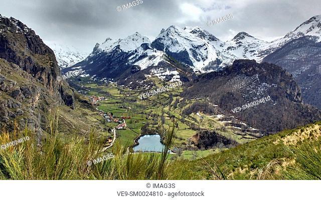 Valle de Lago valley, Somiedo Nature Park and Biosphere Reserve, Asturias, Spain