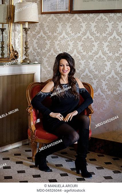 """Manuela Arcuri al photocall della Fiction Mediaset """"""""Il Bello delle Donne...alcuni anni dopo"""""""". Palazzo Ferrajoli, Roma 10 Gennaio 2017"""