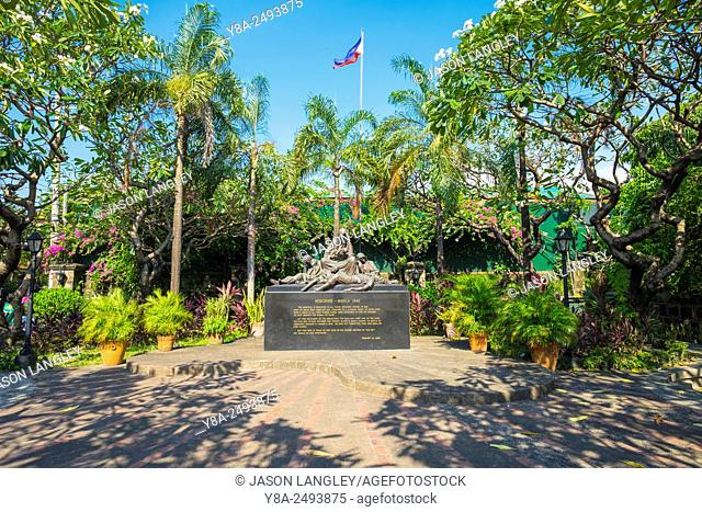 Memorare Manila Monument on Plaza de Santa Isabel dedicated to innocent victims killed during the battle of Manila, Intramuros, Manila, National Capital Region