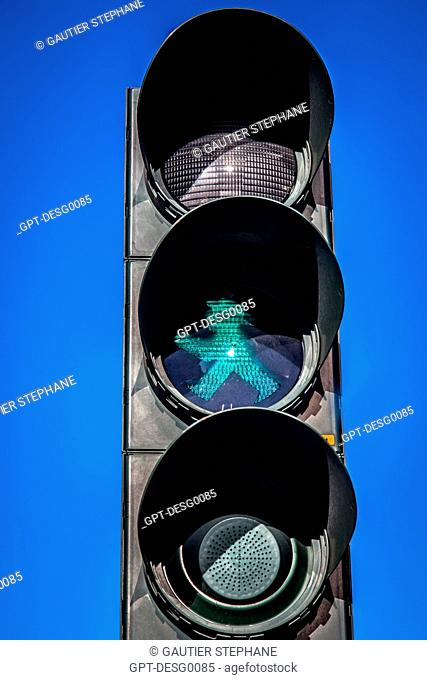 AMPELMANN, SMALL FIGURE SEEN AT PEDESTRIAN CROSSINGS, SYMBOL OF THE CITY OF BERLIN, GERMANY