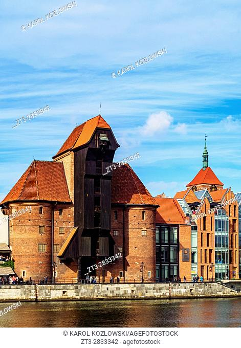 Poland, Pomeranian Voivodeship, Gdansk, Old Town, Motlawa River and Medieval Port Crane Zuraw