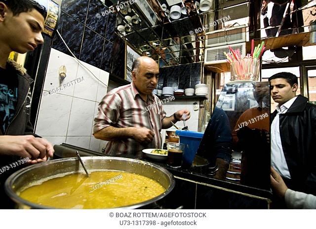 Lina is the most popular and famous Hummus restaurant in the old city of Jerusalem