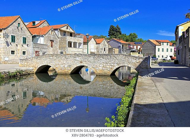 Stone bridge over the canal, Vrboska, Hvar Island, Croatia, Dalmatia, Dalmatian Coast, Europe
