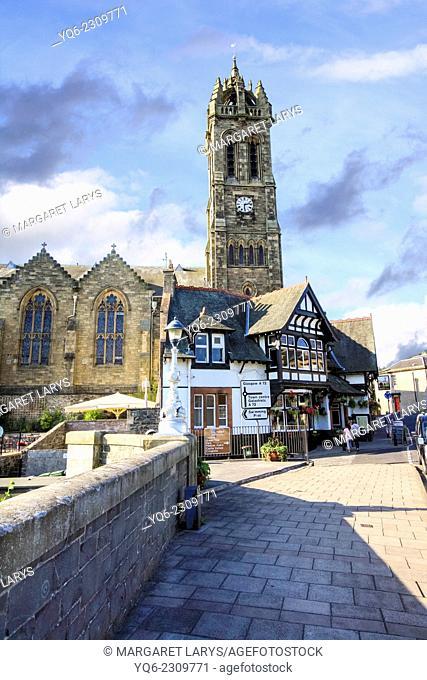 Old Parish Church and the Bridge Inn, Peebles, Scotland, United Kingdom