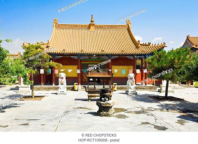 Sculpture in the courtyard of a temple, Da Zhao Temple, Hohhot, Inner Mongolia, China