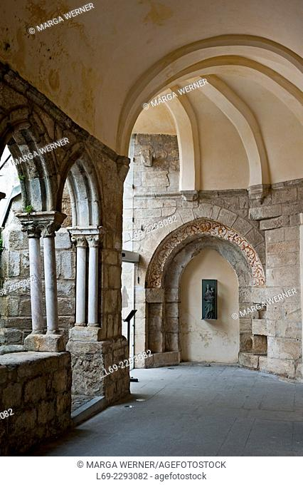 Detail of St. Francis church, Convento San Francisco,15th century, Evora, Alentejo, Portugal, Europe
