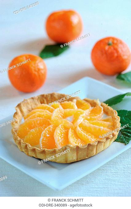 Clementine and soft white cheese pie