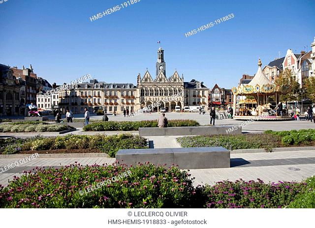 France, Aisne, Saint Quentin, Place the town hall and landscaped garden