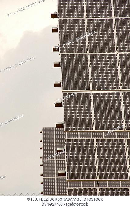Renewable energy sector continues to grow Example of Solar panels in Cinco Villas, Aragón