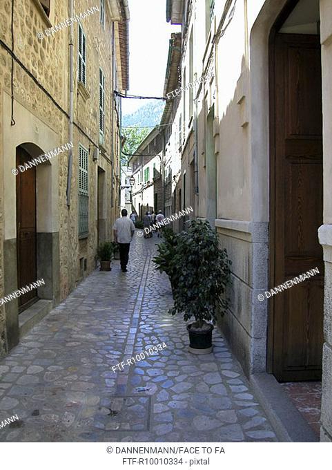 Little alley, Spain