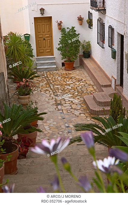 Courtyard, old town, Mojacar, Almeria Province, Andalusia, Spain