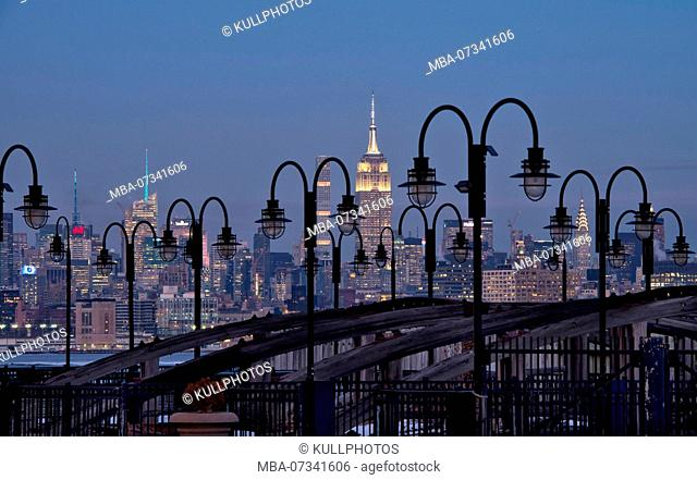 Night view of Manhattan skyline with Empire State Building, New York City, USA