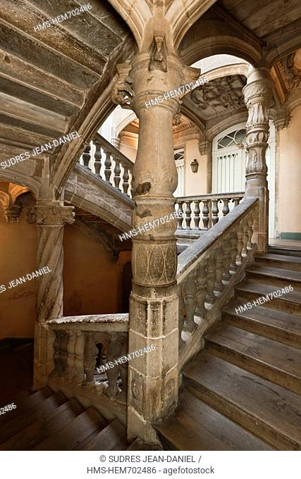 France, Dordogne, Pe rigueux, the French staircase of the Hotel La Maison de Lestrade and Joubert