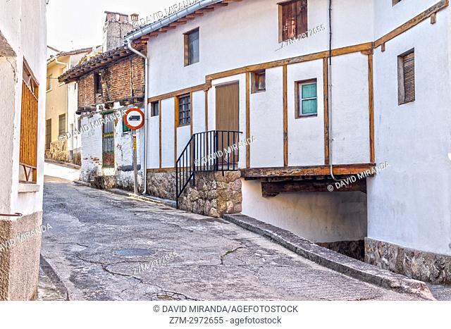 Popular architecture. Santa Cruz del Valle. Barranco de las cinco villas. Valle del Tiétar. Provincia de Ávila, Castile-Leon, Spain