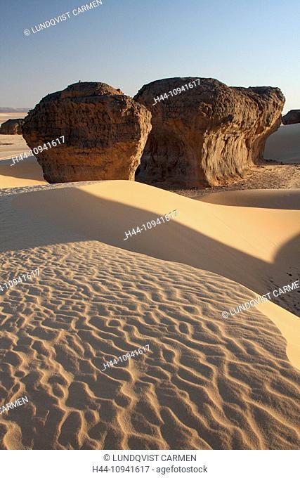 Algeria, Africa, north Africa, desert, sand desert, Sahara, Tamanrasset, Hoggar, Ahaggar, rock, rock formation, Tassili du Hoggar, sand, sand dune, evening