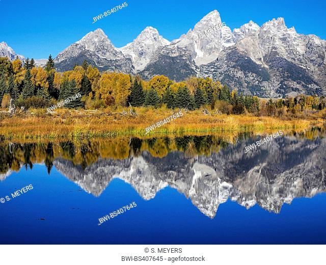 Grand Teton Group, view from Schwabacher Landing, USA, Wyoming, Grand Teton National Park
