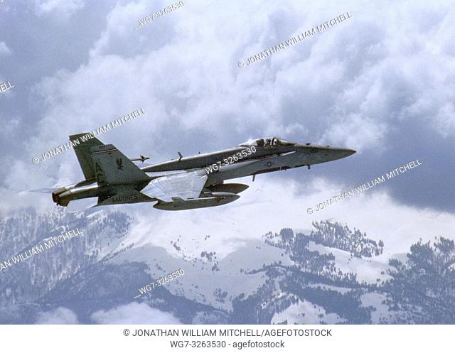 MIDDLE EAST -- 01 Apr 2003 -- An F/A-18 Hornet assigned to the â. . Silver Eaglesâ. . of Marine Fighter-Attack Squadron One Fifteen (VMFA-115) conducts combat...
