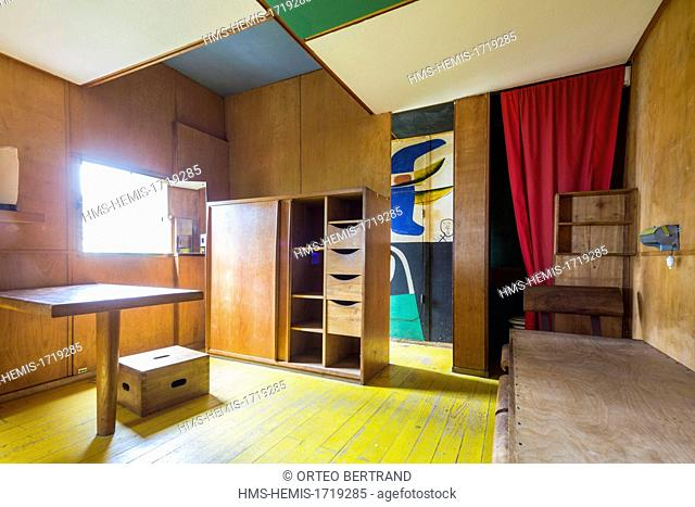 France, Alpes Maritimes, Roquebrune Cap Martin, nozzle trail, shed Le Corbusier 1952 listed as World Heritage by UNESCO