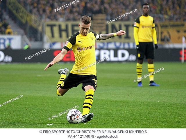 firo: 24.11.2018, football, 1.Bundesliga, season 2018/2019, FSV FSV FSV Mainz 05 - Borussia Dortmund, single action, Marco REUS, BVB Borussia Dortmund