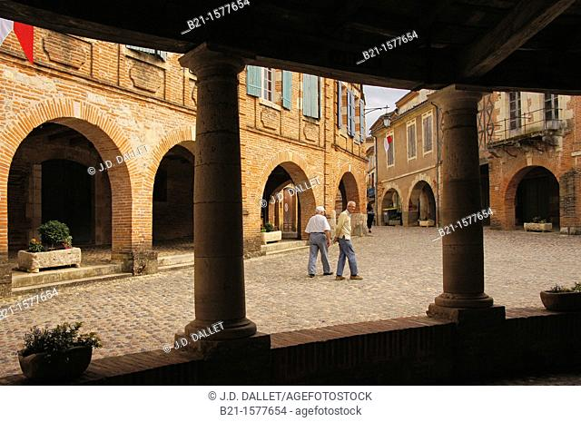 Pilgrimage way to Santiago de Compostela: Plaza from the 'Halle aux grains' at Auvillar, Tarn-et-Garonne, Midi-Pyrenees, France