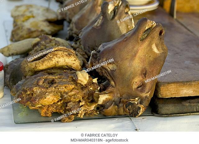 Jemaa El Fna place - Lamb's heads on a stand