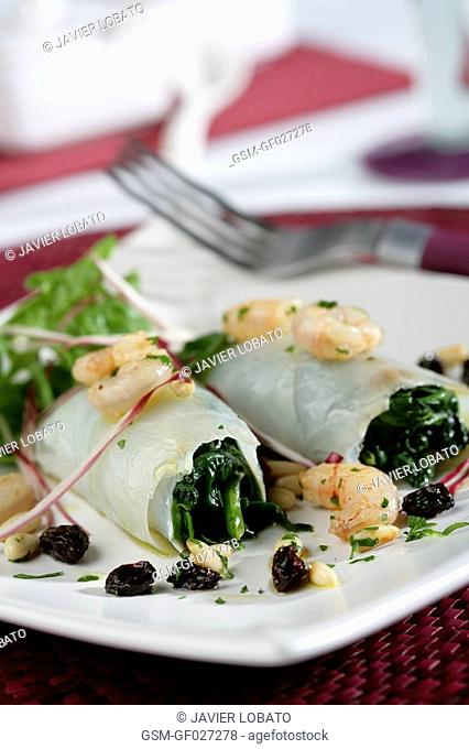 Smoked cod with spinachs and shrimps