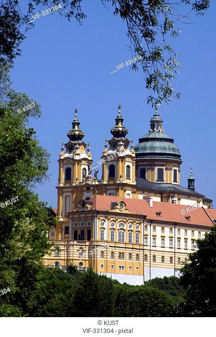 Das Stift Melk an der Donau, Niederoesterreich - das bedeutendste Barockkloster Oesterreichs. - 28/05/2005