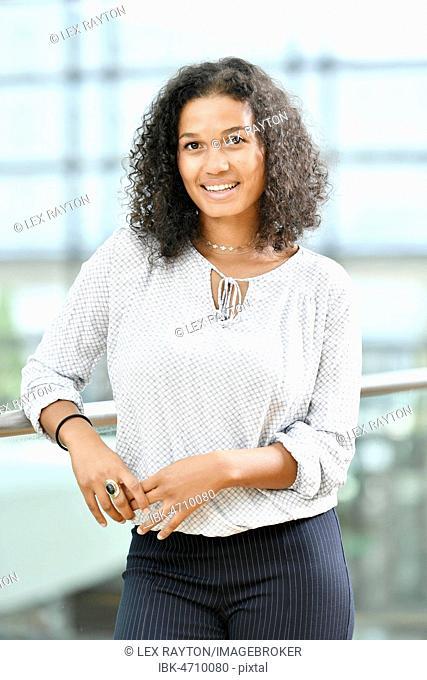Young Woman, Fashion, Photoshoot, Business, Munich, Upper Bavaria, Bavaria, Germany